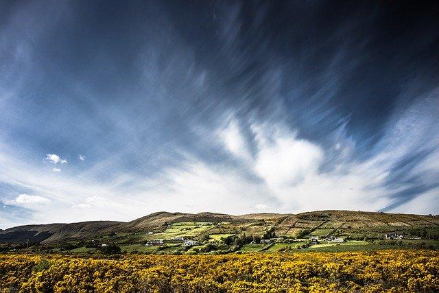 wandelen in Ierland landschap