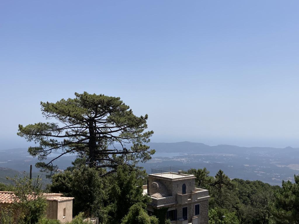 Uitzicht hiken Corsica