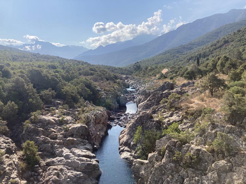 rivier richting Tuarelli