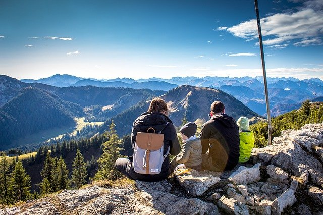 wandelvakantie met kinderen in de Alpen